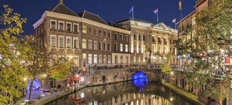 boat cruise utrecht netherlands river cruises canal boat hire le boat