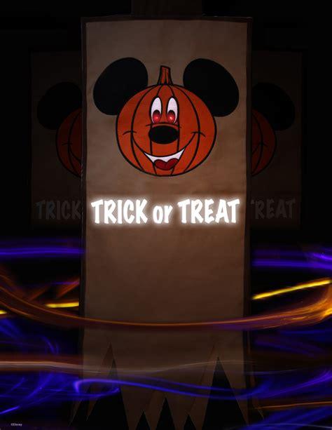 disney world room gifts a spooktacular celebration that s to die for at disney parks 171 disney parks
