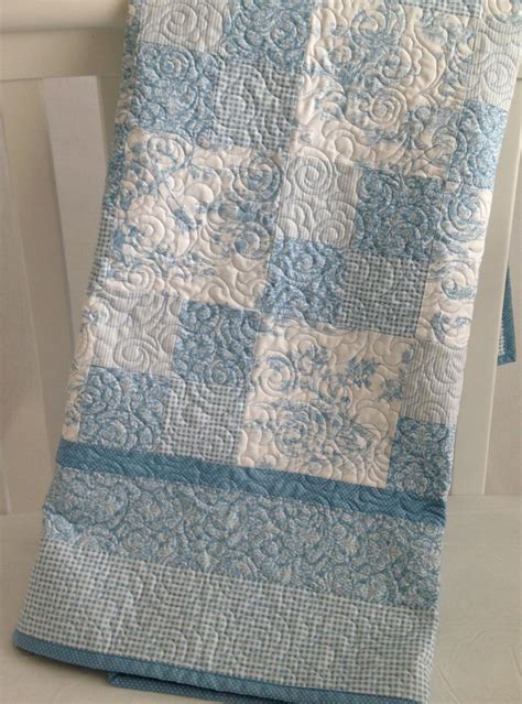 And White Patchwork Quilt - best 25 white quilts ideas on patchwork quilt