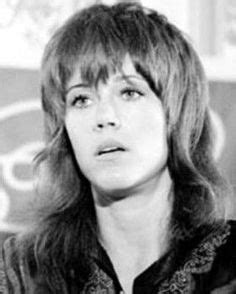 what actress in the 70s started the shag haircut jane fonda shag klute 2 body customization pinterest