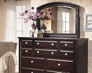 ridgley sleigh bedroom set ogle furniture ridgley queen sleigh bed ashley furniture homestore