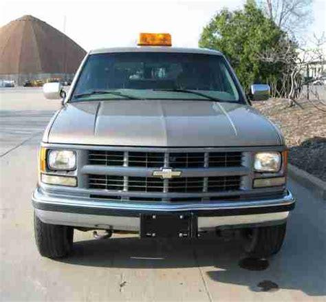sell used 1999 chevy suburban sport utility 2500 3 4 ton
