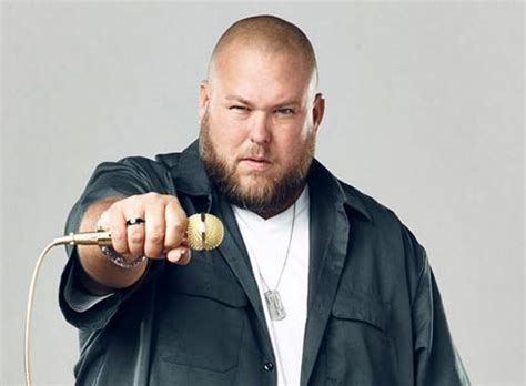 big smo big smo workin lyrics and music video