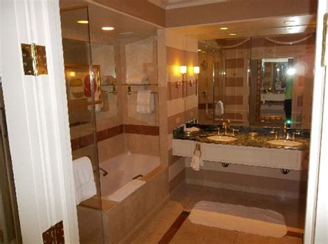 vegas bathrooms venetian bathroom picture of the venetian las vegas las vegas tripadvisor