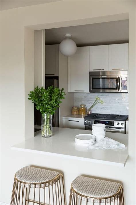 how to make a pass through kitchen bar 25 best ideas about pass through kitchen on half wall kitchen hanging kitchen