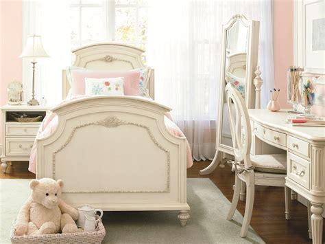 universal gabriella bedroom set universal smartstuff gabriella panel bedroom set in lace