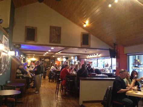 reefpoint brew house reefpoint brew house racine restaurant reviews phone number photos tripadvisor