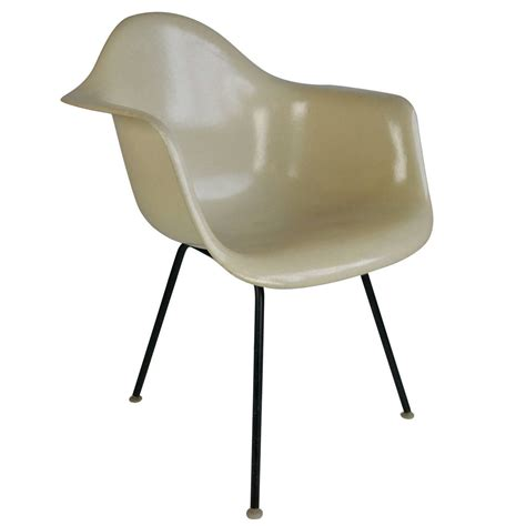 Charles Eames Chair For Sale Design Ideas Charles Eames Herman Miller Chair Design Ideas File Ngv Design Charles Eames And Herman Miller