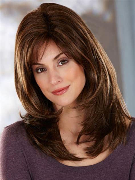 hairstyle layer toward face hairstyles for medium hair long face rachael edwards