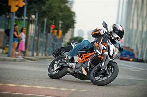 Ktm 390 Duke Top Speed 2013 Ktm 390 Duke Picture 481715 Motorcycle Review