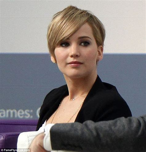 jennifer lawrence refuses to be hungry to make other