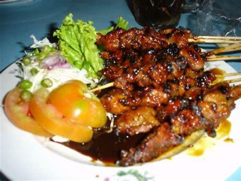 Makanan Enak Sate Kambing lesehan ayam jantan wisata kuliner enaknya di jakarta