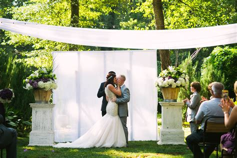 simple outdoor wedding ideas on a budget simple backyard wedding ideas on a budget c