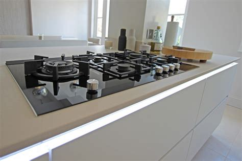 kitchen island downdraft extractor contemporary london kitchen island gas hob contemporary london by lwk