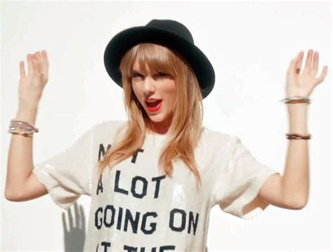 taylor swift it s my birthday taylor swift s 5 best party lyrics to celebrate her