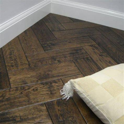 Aged Herringbone Lacquered   Parquet Flooring Design In