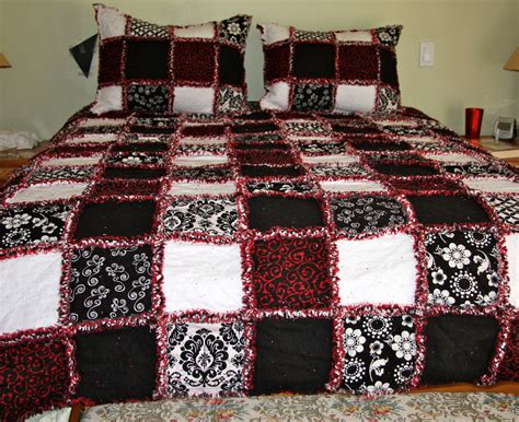 Ragged Quilt by Zeedlebeez Black And White Rag Quilts