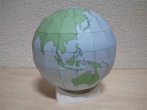 printable paper globe simple globe free papercraft template download http