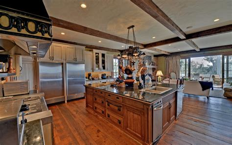 kitchen islands atlanta st simons island luxury homes traditional kitchen atlanta by envision web