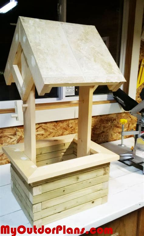 diy wood projects to sell diy wishing well planter myoutdoorplans free