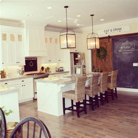 Prairie Style Interior Design by Photos Hgtv