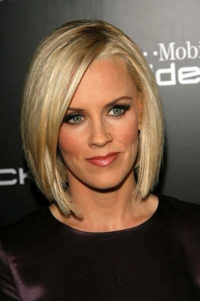 what is jenny mccarthy natural hair color 25 best ideas about jenny mccarthy bob on pinterest