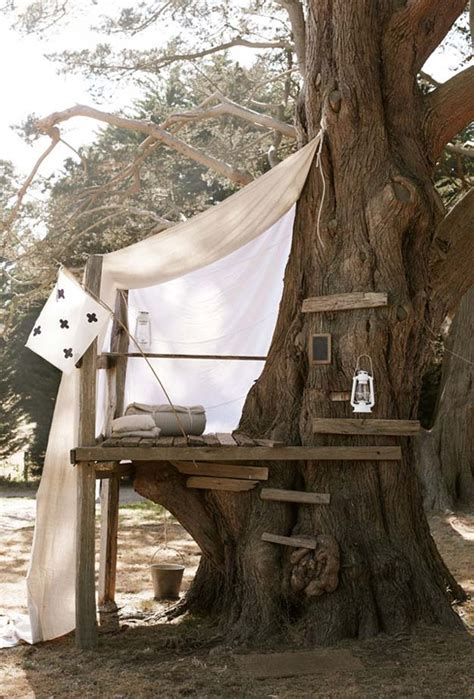 simple tree house 15 awesome treehouse ideas for you and the kids