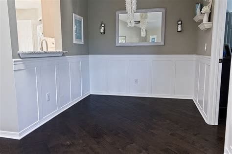 Diy Wainscoting Ideas by 1000 Images About Chair Rail On Wainscoting
