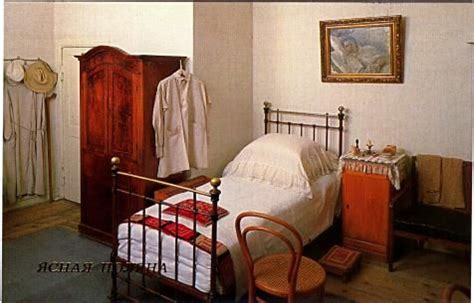 yasnaya poliana lev tolstoys home tolstoys bedroom