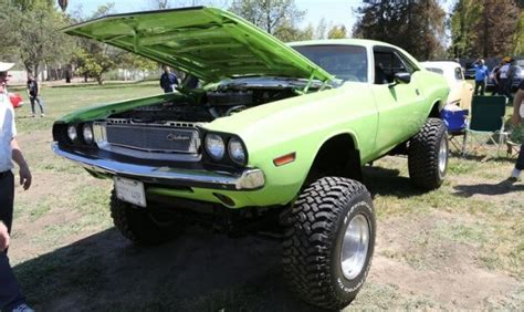 dodge charger lifted lifted 4x4 dodge challenger offroad car