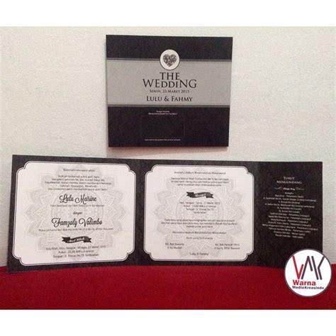 desain undangan pernikahan hitam undangan nikah murah hitam putih elegan simple warna