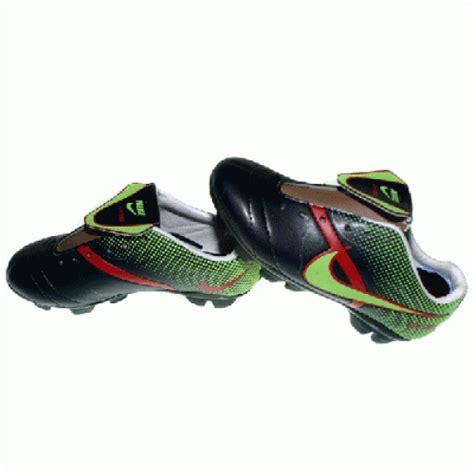 Sepatu Bola Nike Anak sepatu bola anak anak pusat sepatu bola dan futsal