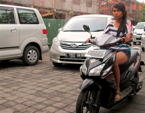 indonesia may 2013 nissan livina honda freed shine