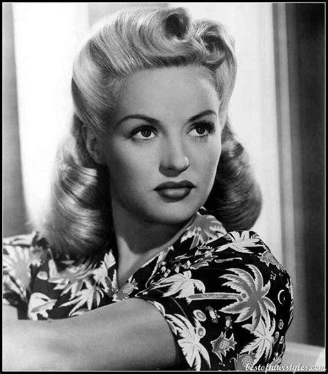 hairstyles for women in early 40s coiffure mythique des ann 233 es 40 les quot rouleaux de la
