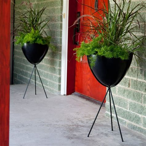 Hip Bullet Planter by Hip Retro Bullet Fiberglass Planter With Steel Stand