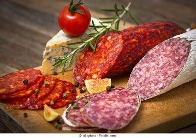 alimenti vietati per colesterolo alto dieta e colesterolo ecco i cibi aumentano il
