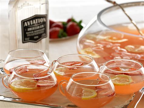 Southern Comfort And Mountain Dew by American Chagne Recipe