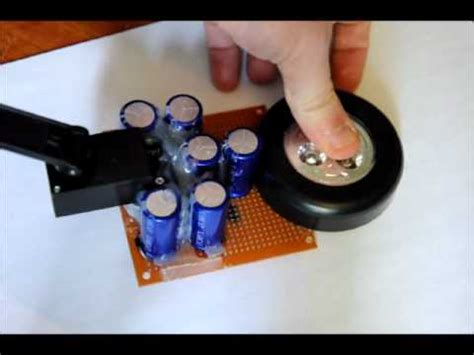 how to make a rechargeable capacitor the wind up capacitor flashlight with dynamo charger
