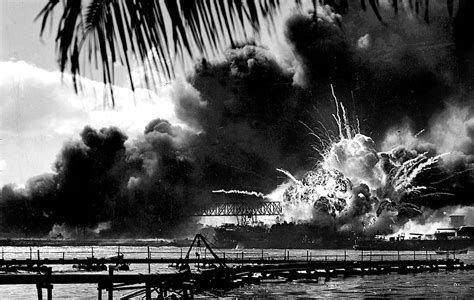 pictures from pearl harbor attack dec 7 1941 a date which will live in infamy