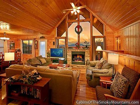 10 bedroom cabins in pigeon forge pigeon forge cabin eden 4 bedroom sleeps 10
