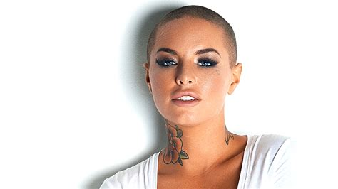 why did christy mack cut her hair the tragic love story of christy mack and mma fighter war