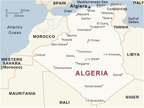 in the desert the hinterland of algiers classic reprint books algeria guide national geographic