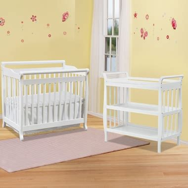 Davinci Emily Mini Crib White Davinci 2 Nursery Set Emily Mini 2 In 1 Convertible Crib And Sleigh Changing Table In