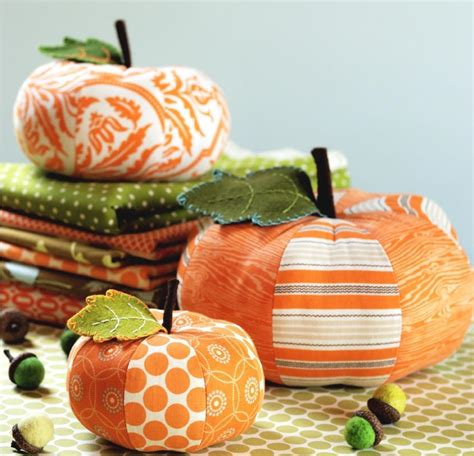 Patchwork Pumpkin - pincushion patterns one is not enough