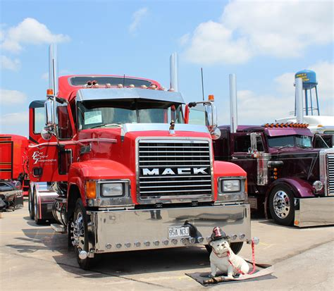 truck shows truck season is upon us trucker tips