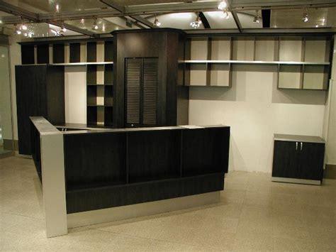 receptionniste de bureau meubles et des bureaux sur mesure les entreprises alain