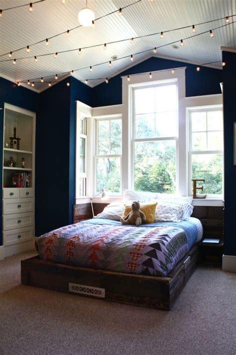 how to use string lights for your bedroom 32 ideas digsdigs - String Lights Bedroom Ideas
