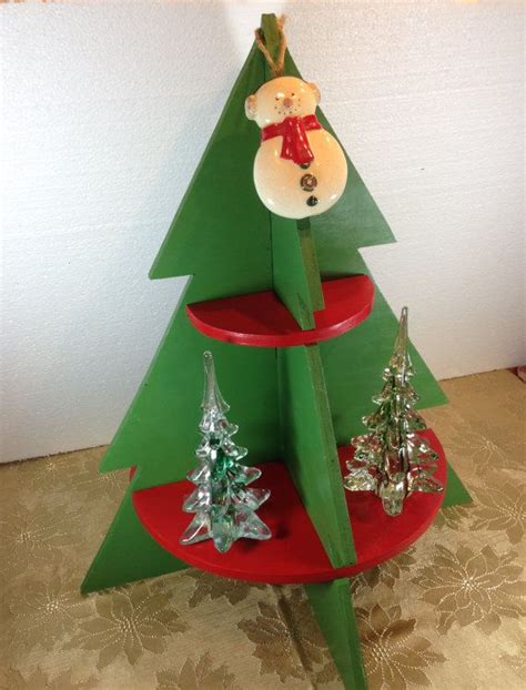 christmas shelf display 17 best images about tree display shelf on trees wooden