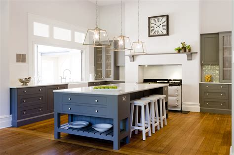 Looking Kitchens by Provincial Kitchens