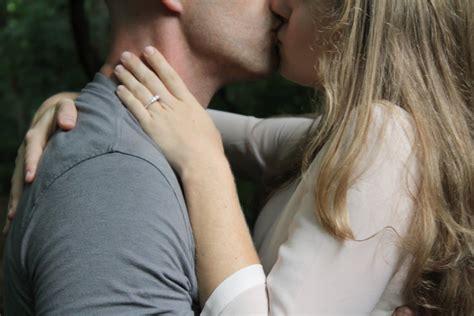 Comment Essayer Dembrasser by Comment Bien Embrasser Partenaire Les Secrets D Un R 233 Ussi 100 F 233 Minin